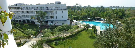 La Residence Hue Hotel & Spa - MGallery by Sofitel: Colonial Suite, Room 301, View from Balcony