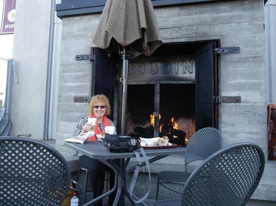 Sheraton Fisherman's Wharf Hotel : Excellent breakfast at the Boudin Bakery, Fishermans Wharf