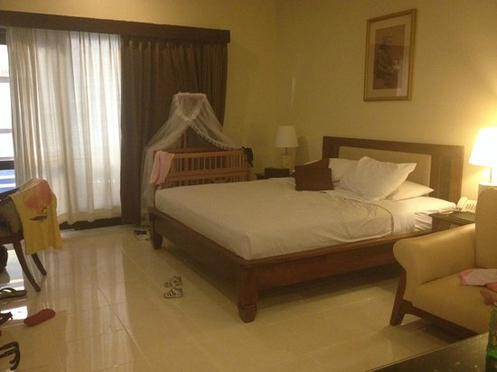 Pelangi Bali Hotel: super deluxe room with cot
