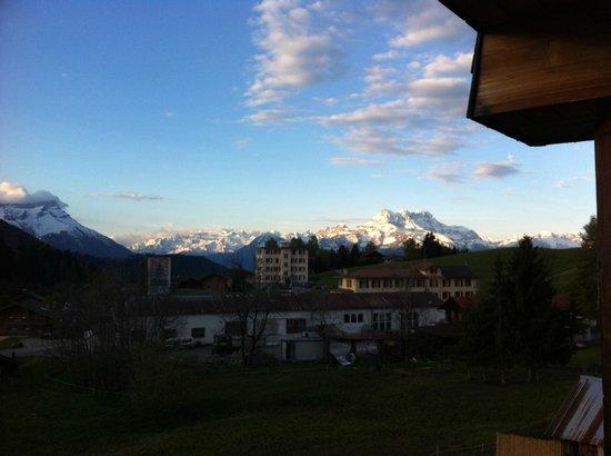 Hotel La Tour d'Ai: bed room view 2