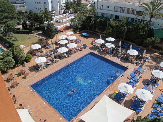 azuLine Hotel Atlantic: pool