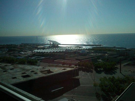 AC Hotel Barcelona Forum by Marriott: Vistas desde la habitación de la planta 20