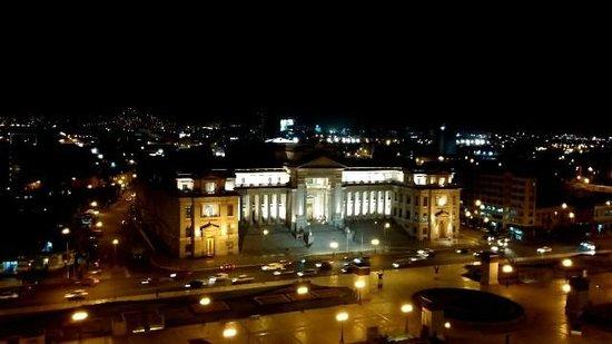 Sheraton Lima Hotel & Convention Center: лучший вид ночью