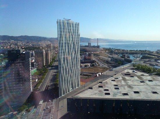 AC Hotel Barcelona Forum by Marriott: Vistas desde el pasillo de las habitaciones