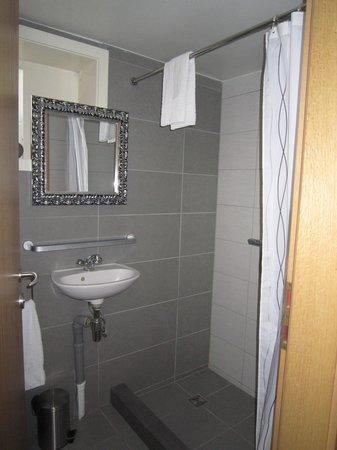 Stay Apartments Grettisgata : Bad