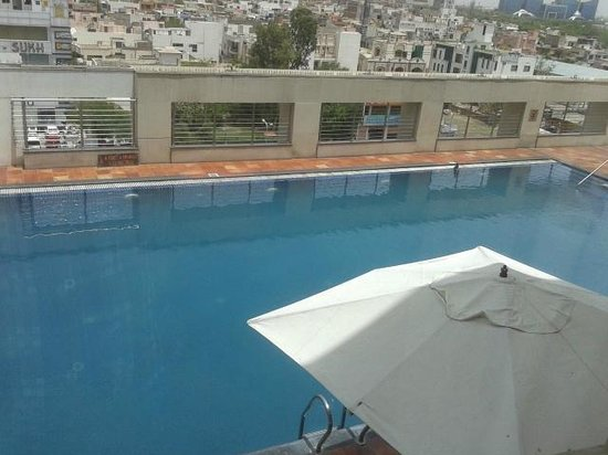 Four Points by Sheraton Jaipur, City Square: pool was also nice