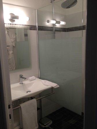 Maison de Marquay : la salle de bain