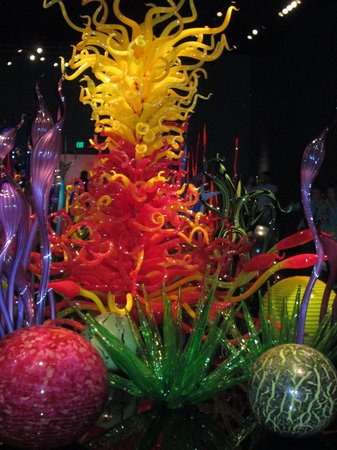 Chihuly Garden and Glass : One of many spectacular pieces