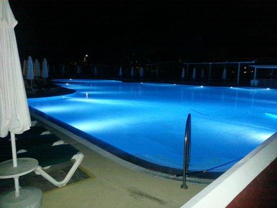 Club Belcekiz Beach Hotel: Pool