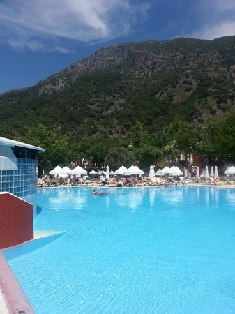 Club Belcekiz Beach Hotel: Pool