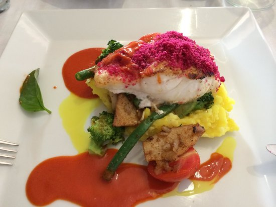 Terra Mare: Fish with beetroot crust