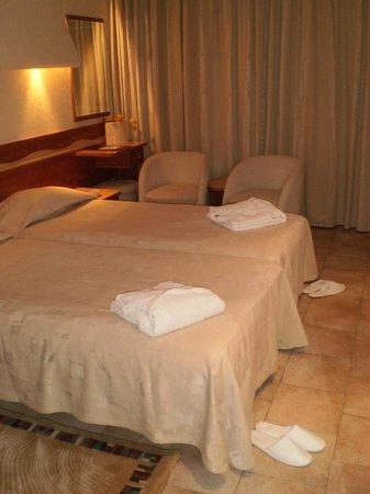 Cocor Spa Hotel : chambre
