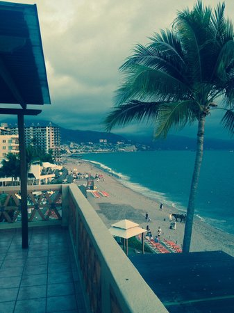 Canto Del Sol Plaza Vallarta: View from our balcony!