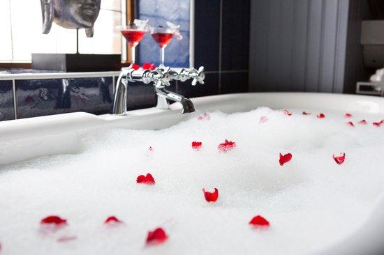 Blackwell House : Bubbles & more Bubbles & more Bubbles