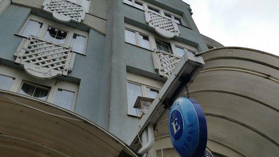 Hotel Erzsebet : Die Fassade sagt alles...