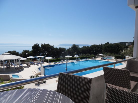Bluesun Resort Afrodita : Blick auf den Pool