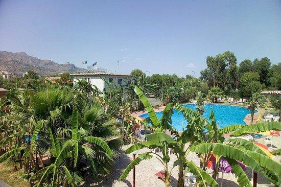 Villaggio Alkantara: piscina