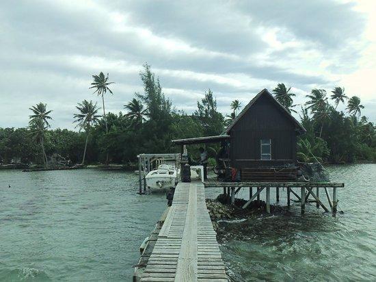 Tahaa, Französisch-Polynesien: Notre arrivée sur le ponton de la Ferme