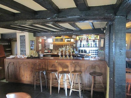 The Fat Fox Inn: View of the Bar