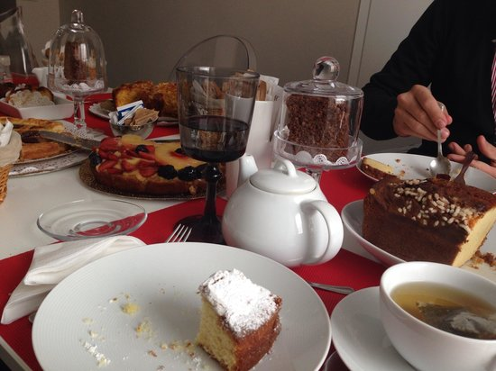 St Peter Guest House : Colazione
