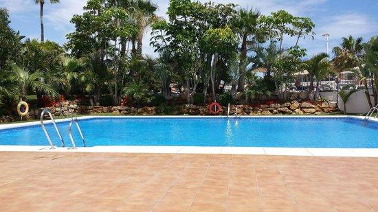 Hotel Mac Puerto Marina Benalmadena : Pool area