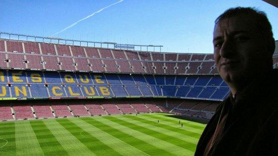 Camp Nou : Camp neu