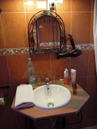 Hotel Tomboctou: wastafel