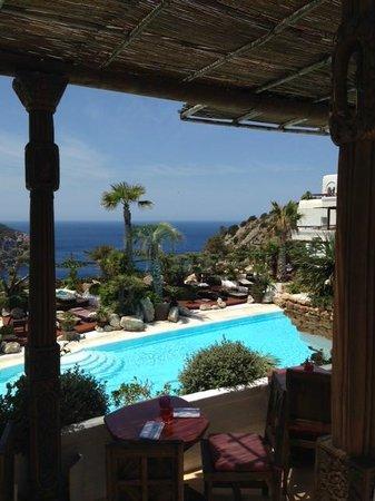 Hacienda Na Xamena, Ibiza : repas vue restaurant