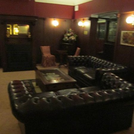 The Metropole Guesthouse: one of the lounges