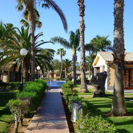 Hotel Dunas Suites and Villas Resort: En direction d'une des piscines