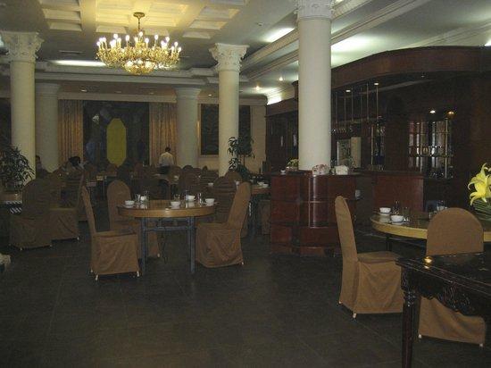 Hoa Binh Hotel: Salle du petit déjeuner