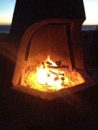 Cavalier Oceanfront Resort : Firepit