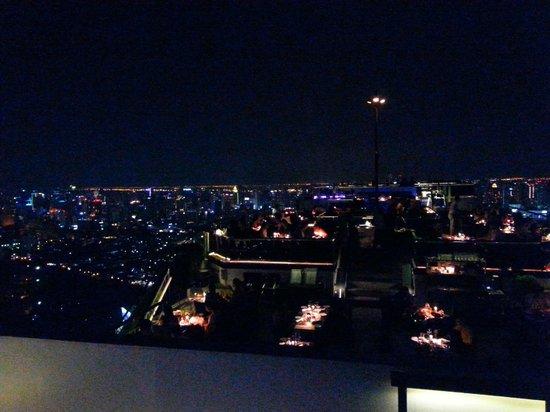 Moon Bar Bangkok : by night