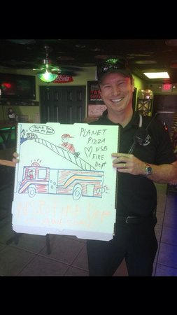 Planet Pizza NSB: I made this box for the Nsb fire department .These guys are great and notice that the fire truck