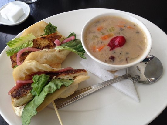 The Silver Birch : Pickerel Tacos with wild rice and cranberry soup