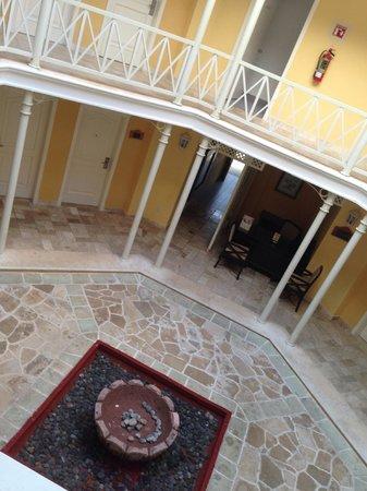 Royal Hideaway Playacar: Building 23 Inner Courtyard and Concierge Desk