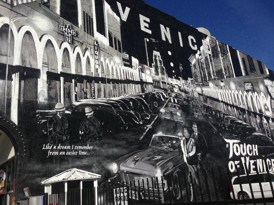 Danny's Venice Deli: murales snel parcheggio