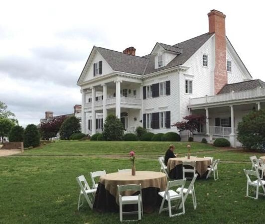 Inn at Warner Hall: A view from the ceremony area
