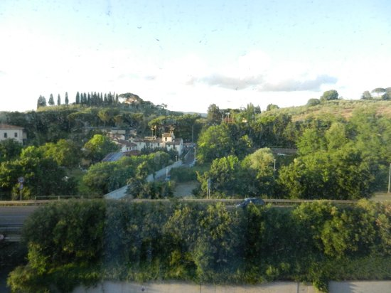 Conference Florentia Hotel: Вид из окна
