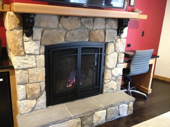 The Landing Resort & Spa: The fireplace