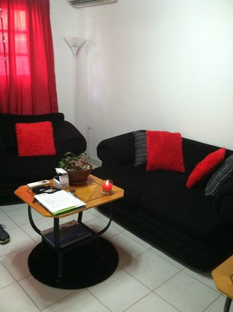 My Aruban Home : Living area