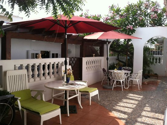 My Aruban Home : Nice outdoor areas
