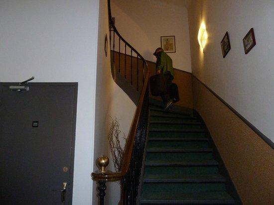 Grand Hôtel de la Poste : Stairs