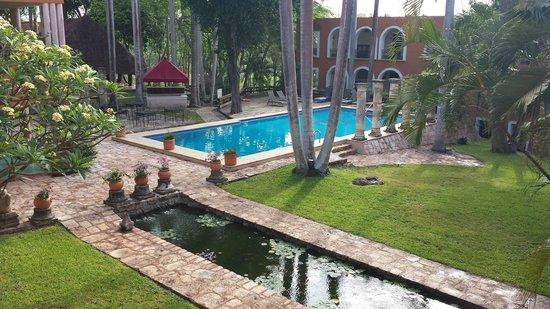 Hotel Hacienda Uxmal Plantation & Museum: Courtyard