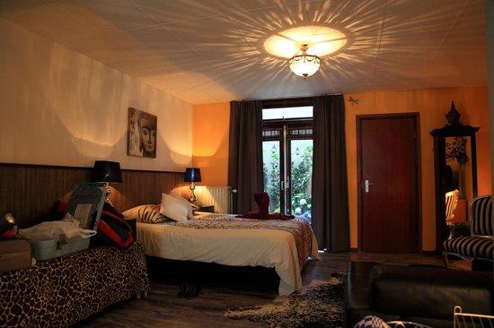 B&B Barangay: Room Photo 2