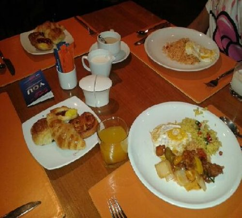 Novotel Bangkok on Siam Square : buffet breakfast