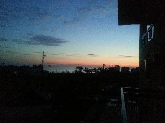 Platomare Hotel Apartments: sunrise