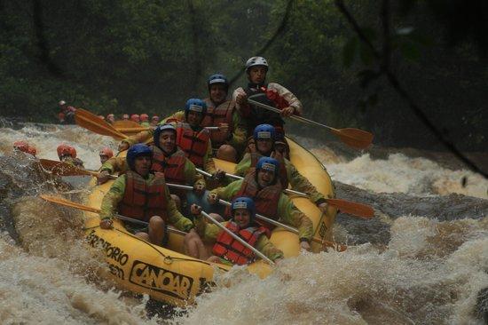 Territorio Selvagem Canoar: Rafting com o guia Thiago - Território Selvagem Canoar