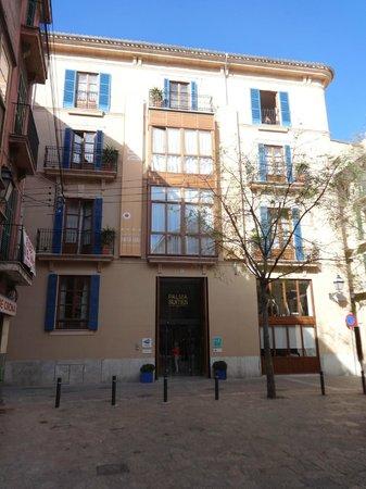 Palma Suites: Hotel facade