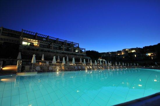 Apostolata Island Resort & Spa: main pool
